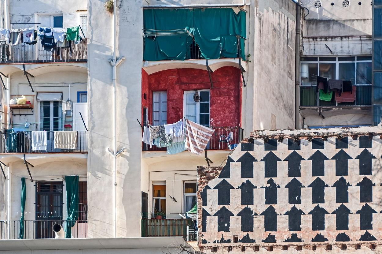 Barrio del Raval, en Barcelona. Ramon Ojeda / Shutterstock