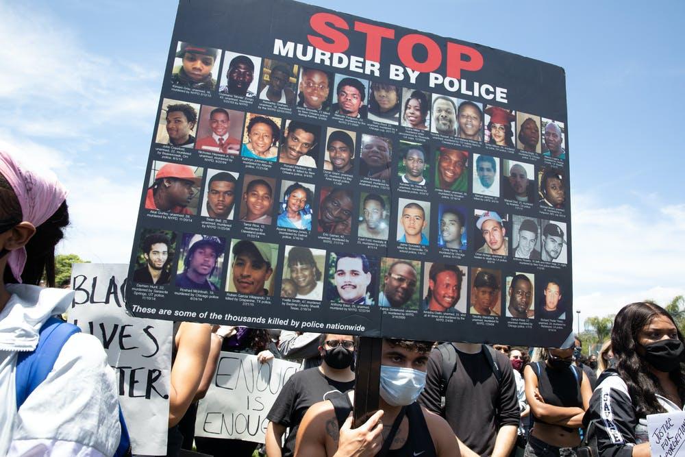 Manifestación contra la violencia policial en Los Ángeles, el 30 de mayo de 2020. Hayk_Shalunts / Shutterstock