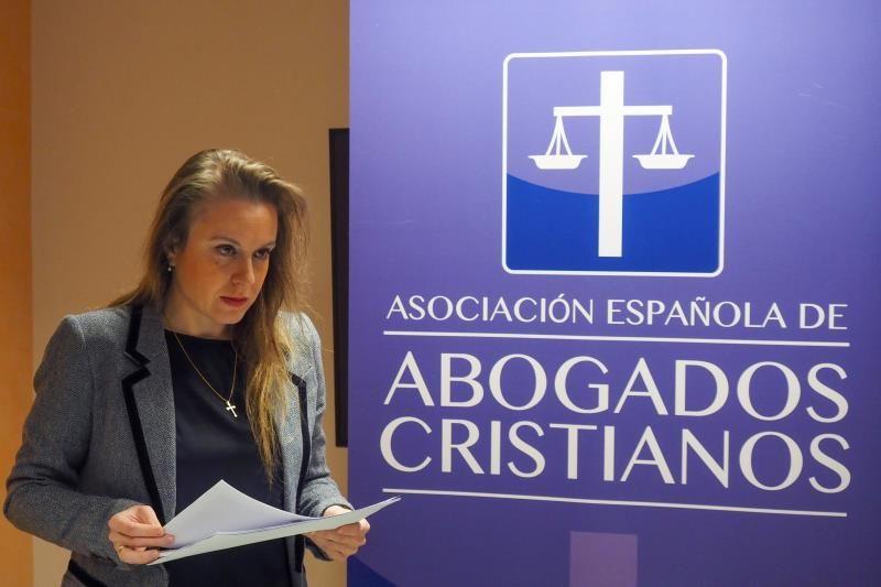La presidenta de Abogados Cristianos, la letrada Apolonia Castellanos, en una imagen de archivo. EFE