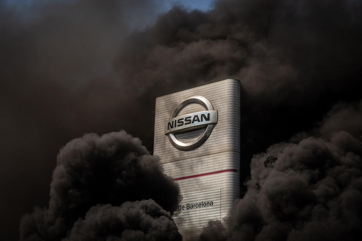 Imagen de mayo de 2020 de la concentración de trabajadores de la planta de producción de Nissan en Barcelona en el exterior de la fábrica en la Zona Franca. E.P.
