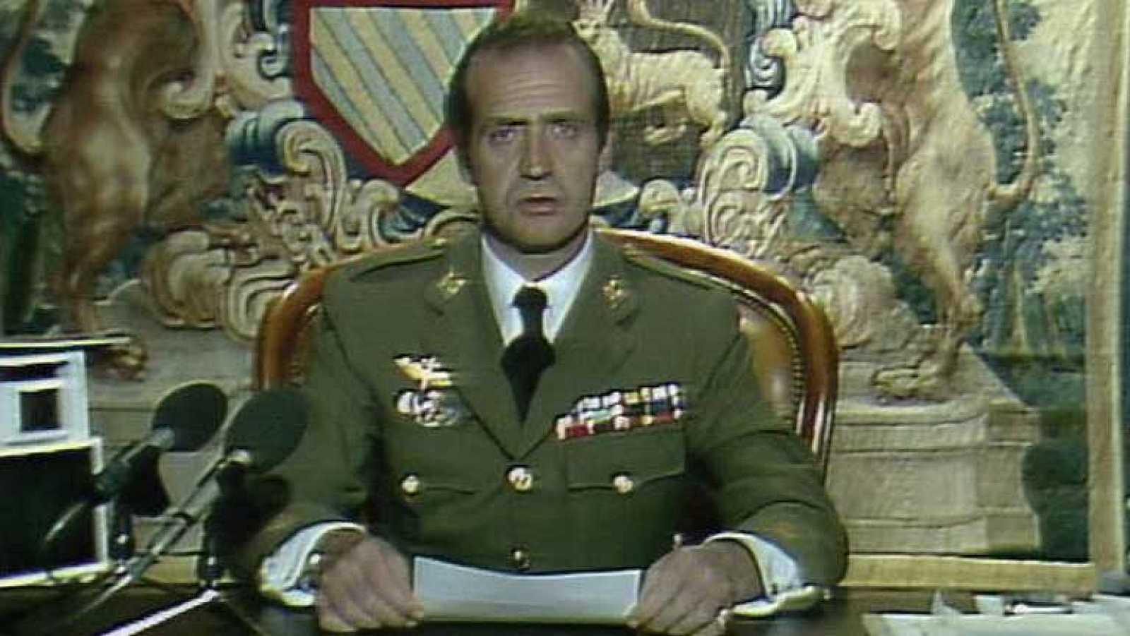 El rey Juan Carlos I, durante su mensaje en la noche del intento de golpe de Estado del 23-F.