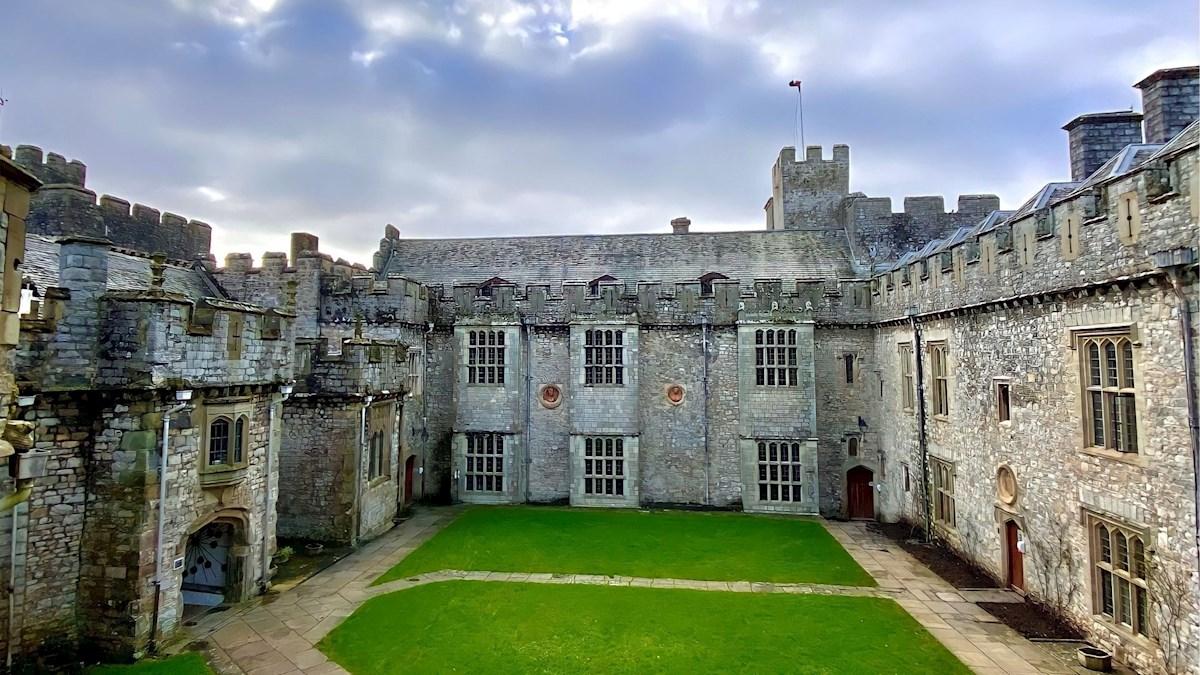 Vista general del United World College of the Atlantic, en el Castillo de St Donat, en el Valle de Glamorgan, en Gales (Reino Unido), donde la princesa Leonor estudiará el bachillerato el próximo curso escolar. EFE/EPA/Pippi Reader/UWC ATLANTIC