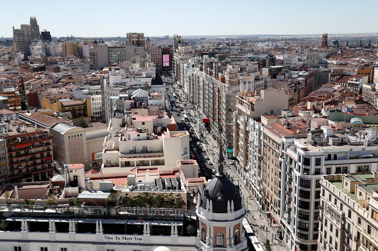 Vista de de las casas y edificios en las calles del entorno de la Gran Vía de Madrid. E.P./Óscar J.Barroso