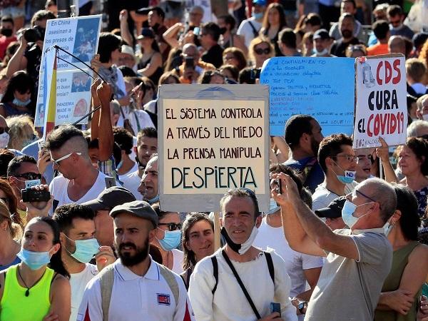 Manifestación negacionista en Madrid, el pasado 16 de agosto. EFE