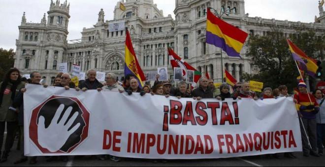 """Manifestación estatal por la Memoria Histórica con el lema """"Basta de impunidad franquista. / Paco Campos (EFE)"""