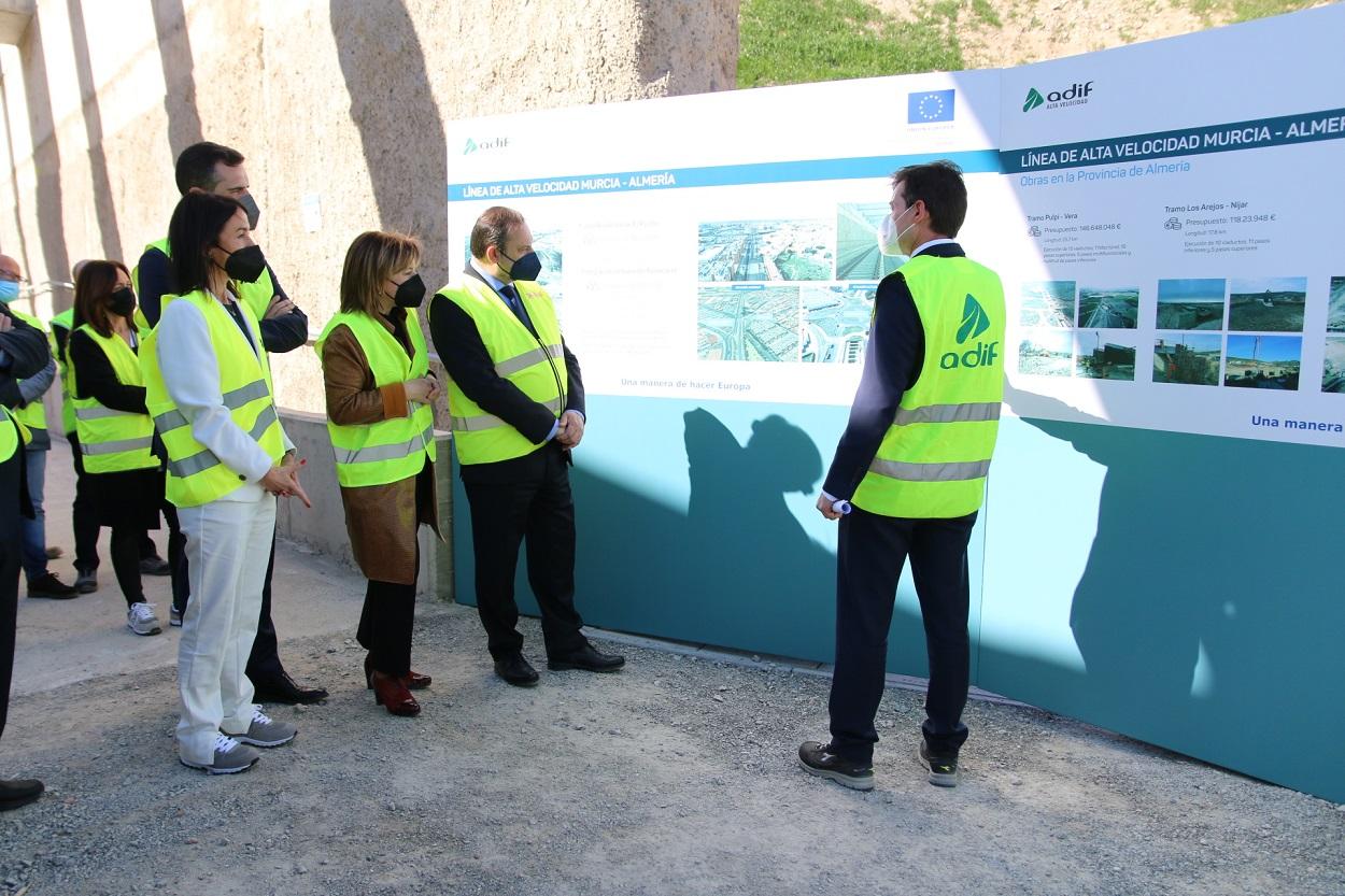 El ministro de Transportes, José Luis Ábalos, visita las obras de la Línea de Alta Velocidad en Almería, en marzo de 2021. E.P./Rafael González