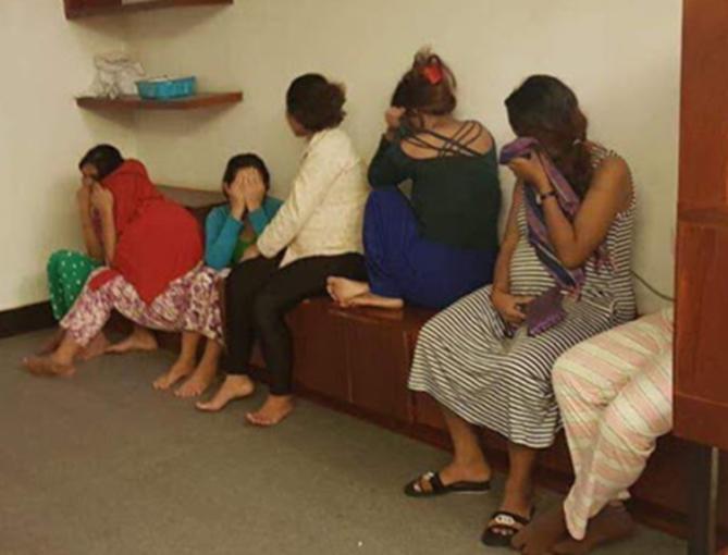 """Desmantelada un """"piso granja"""" en Camboya con 37 mujeres, julio del 2018. ¿Qué pasará con ellas? ¿Qué pasará a sus bebés?"""