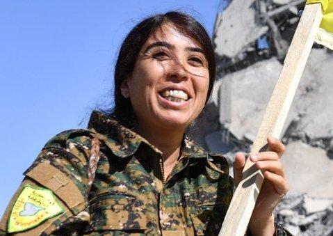 Rojda Felat, comandante kurda-siria de las Unidades de Protección de la Mujer