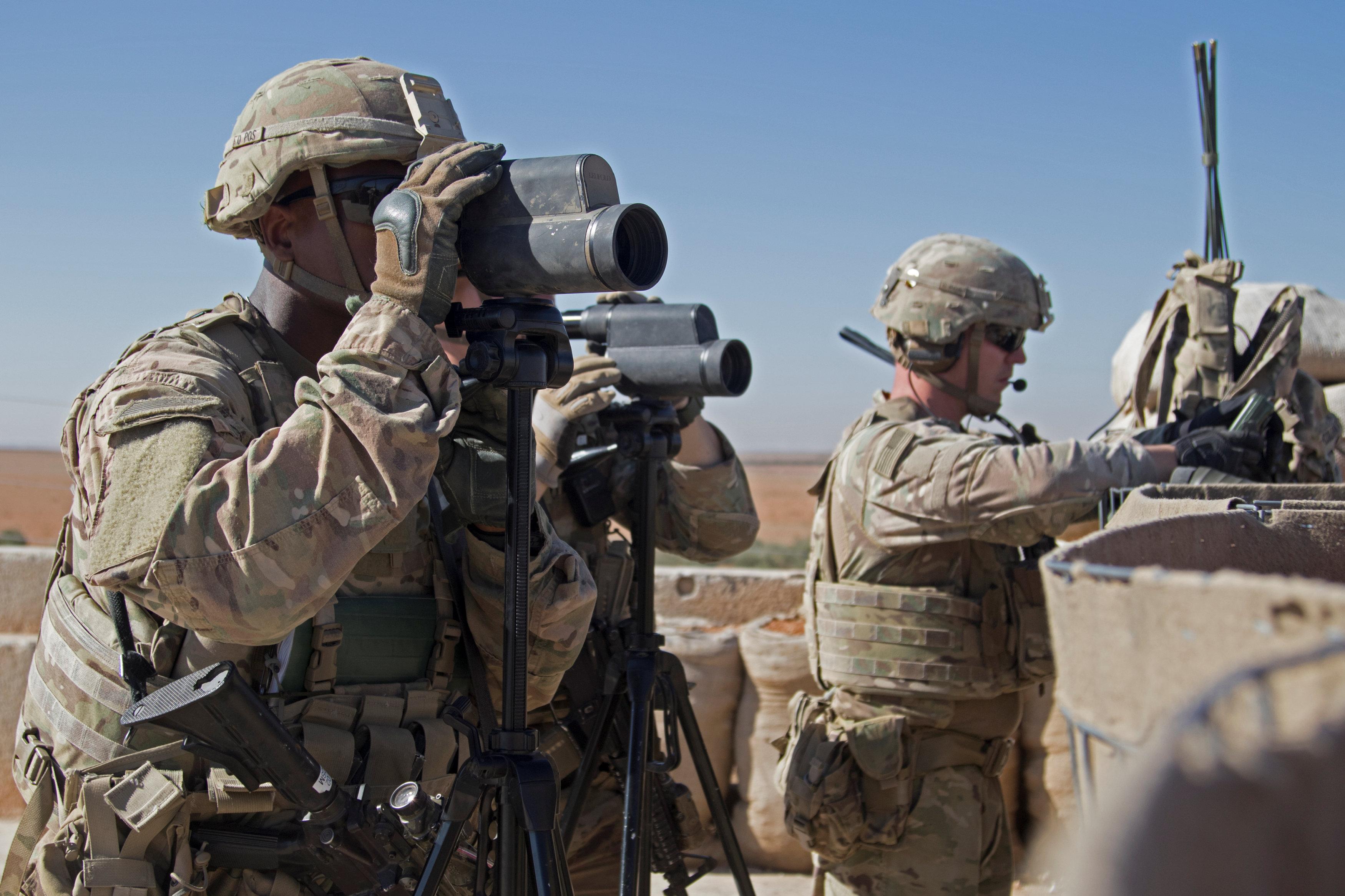 Soldados de EEUU en la ciudad siria de Manbij. - REUTERS