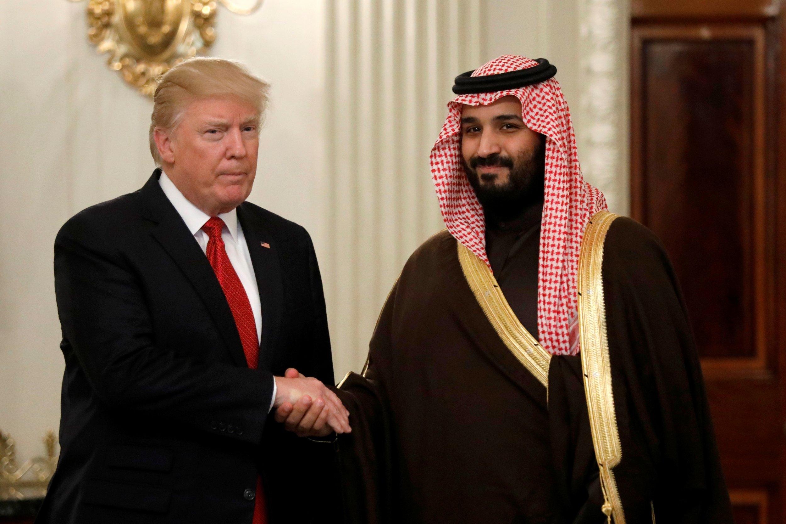 El presidente de EEUU, Donald Trump, y el heredero saudí Mohammed bin Salman, en la Casa Blanca, en Washington, en marzo de 2017. REUTERS/Kevin Lamarque