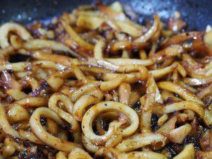 receta calamares encebollados