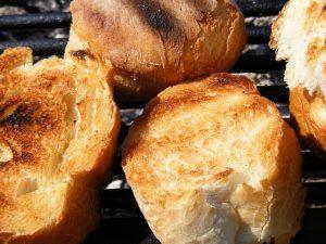Pan tostado.