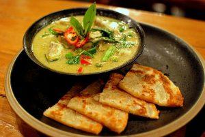 Curry verde con pollo tailandés.