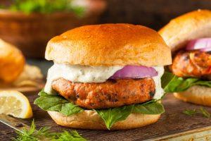 Receta hamburguesa salmón casera.
