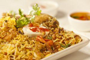 arroz biryani.