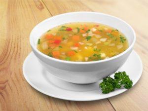 Sopa juliana de verduras.