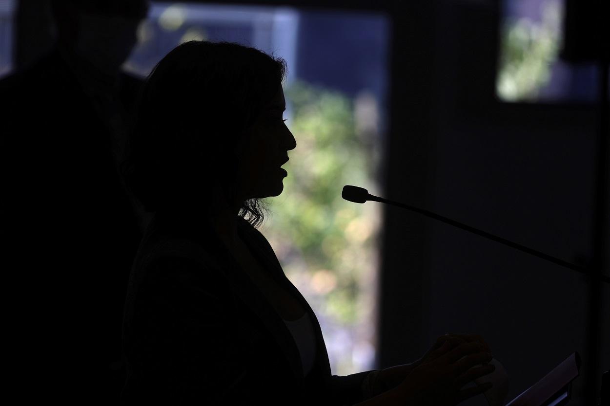 La presidenta de la Comunidad de Madrid, Isabel Díaz Ayuso, durante la inauguración del inicio del curso escolar 2020/21. EFE/Rodrigo Jiménez