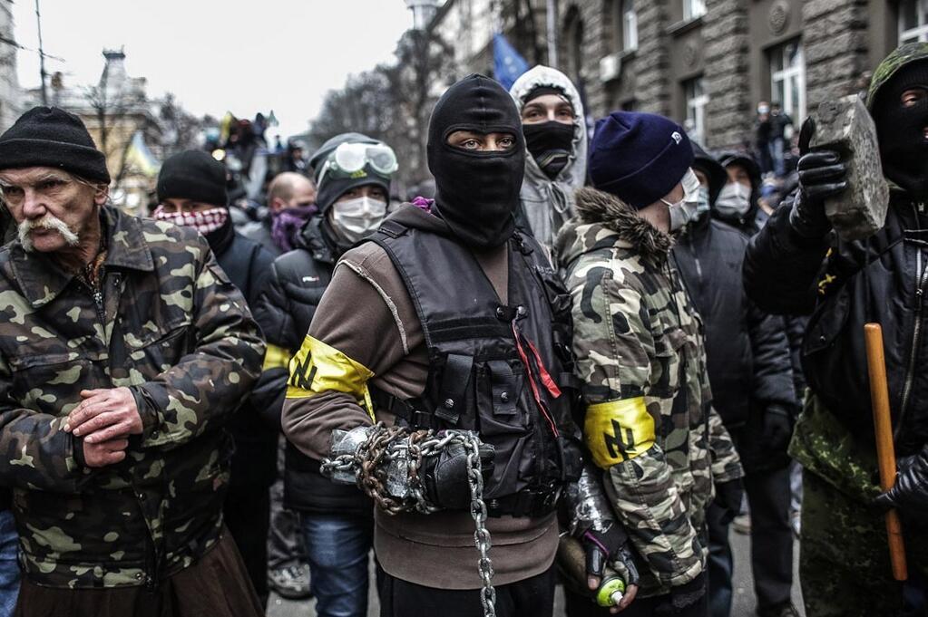 La UE apoya grupos fascistas en Ucrania