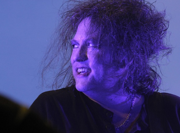 Robert_Smith_of_The_Cure_at_Frequency_Festival_(7815824644)