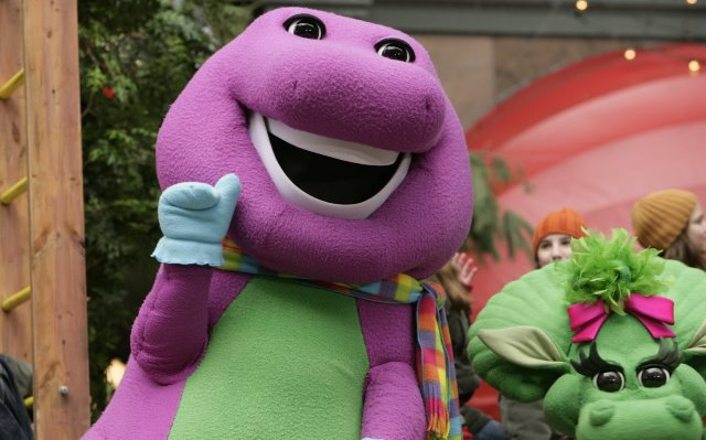 MACY'S 78TH THANKSGIVING DAY PARADE -- Aired 11/24/2004 -- Pictured: Barney, Baby Bop at the 2004 Macy's Thanksgiving Day Parade-- Photo by: Virginia Sherwood/NBCU Photo Bank