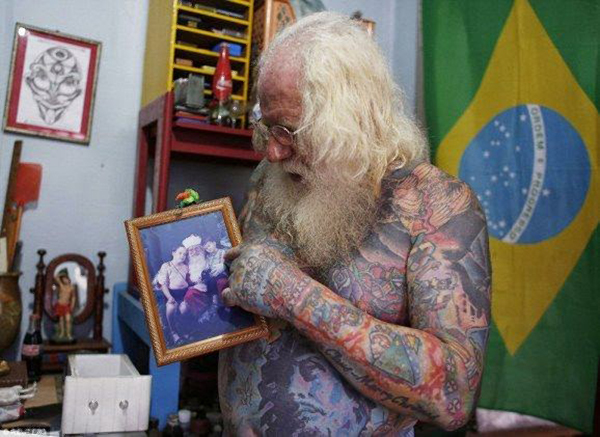 santa_claus_tatooed (4)