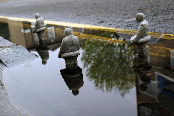isaac-cordal_climate_change_expedition_1000