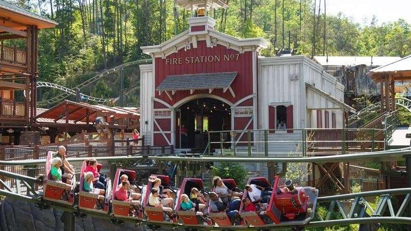 dollywood_media_702_0