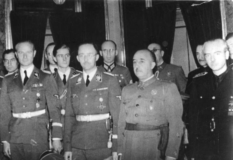 El dictador Francisco Franco junto al dirigente nazi Heinrich Himmler, durante su visita a Madrid (1940).