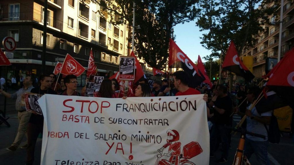 Huelga trabajadores de Telepizza en Zaragoza.
