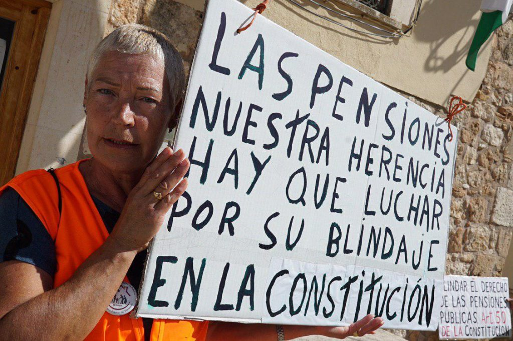 Pensionista participando en las marchas de Bilba y Rota a Madrid. Foto #404 Comunicación Popular
